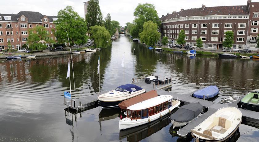 Amsterdam Hotel Im Wasser